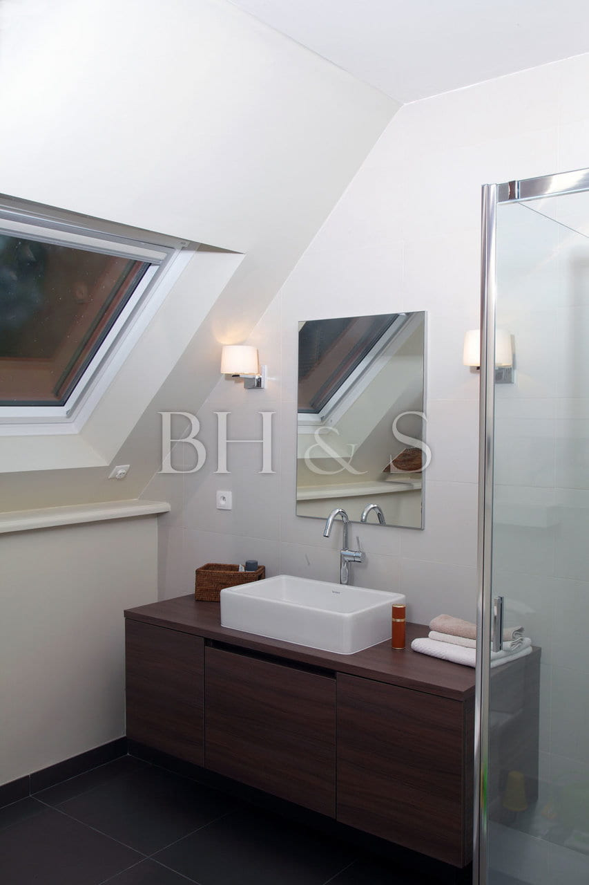Bathroom project and decoration