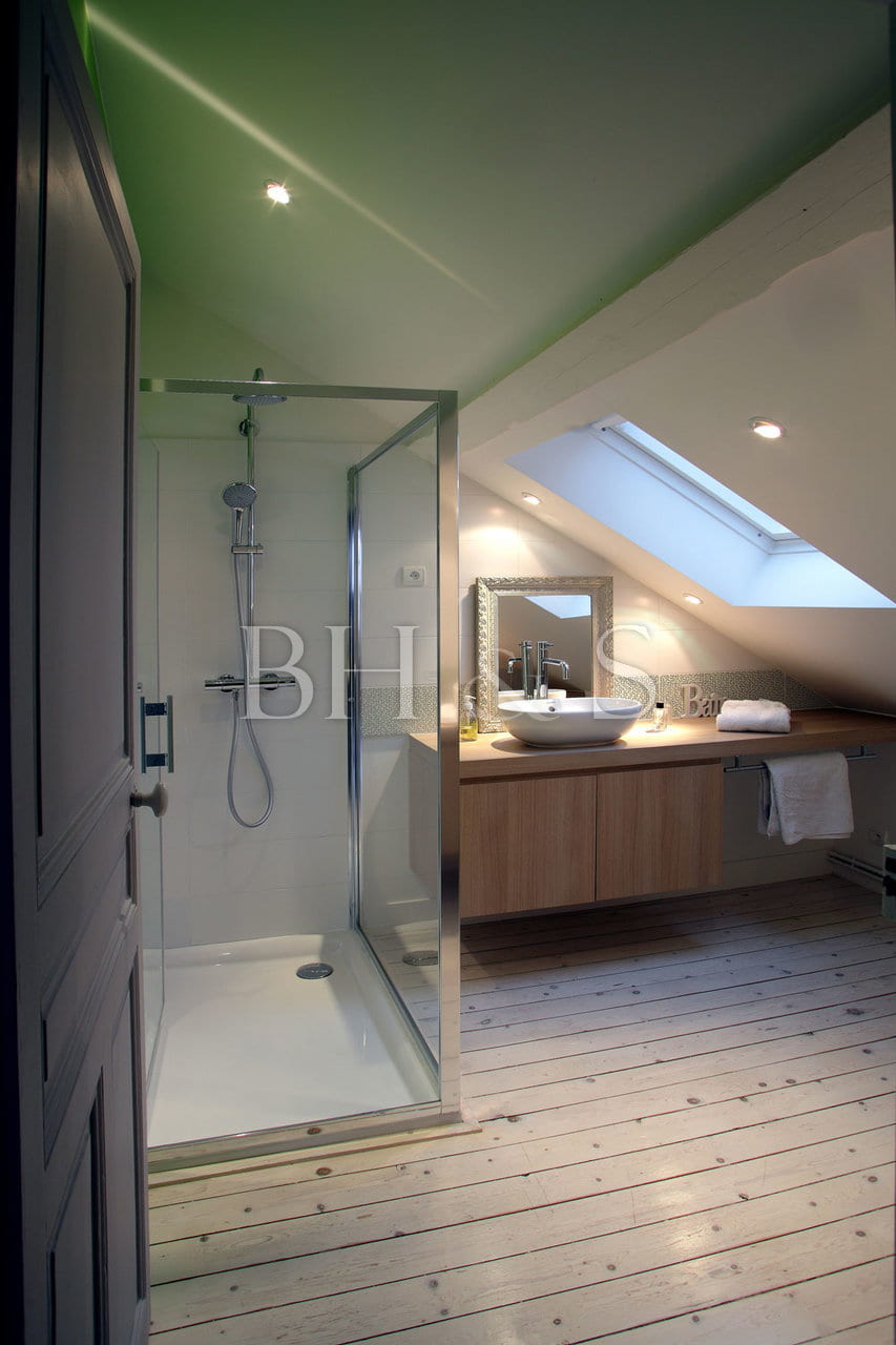 Bathroom renovation - Period house in Burgundy