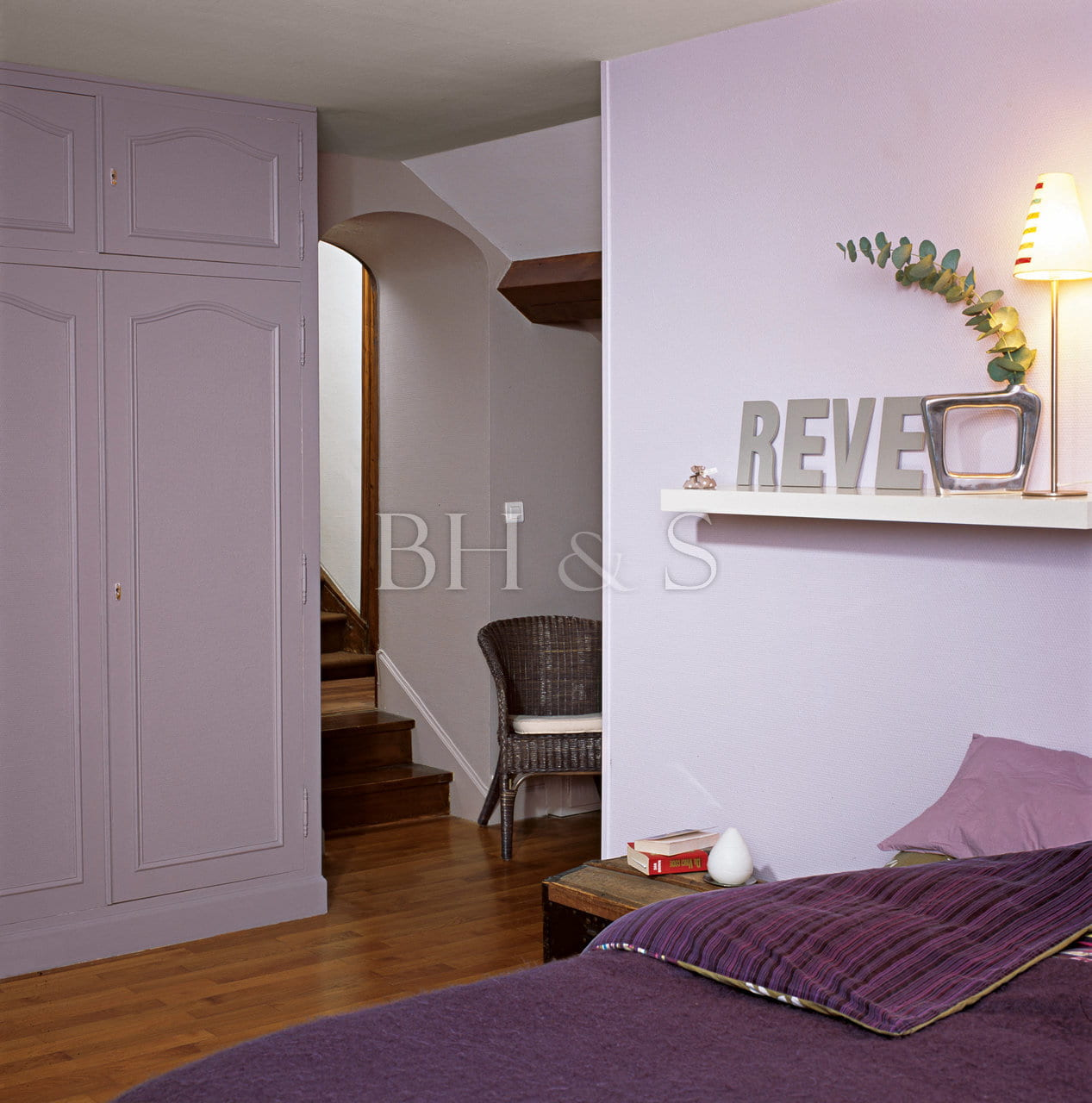 renovation interieur maison ancienne free staff maison. Black Bedroom Furniture Sets. Home Design Ideas