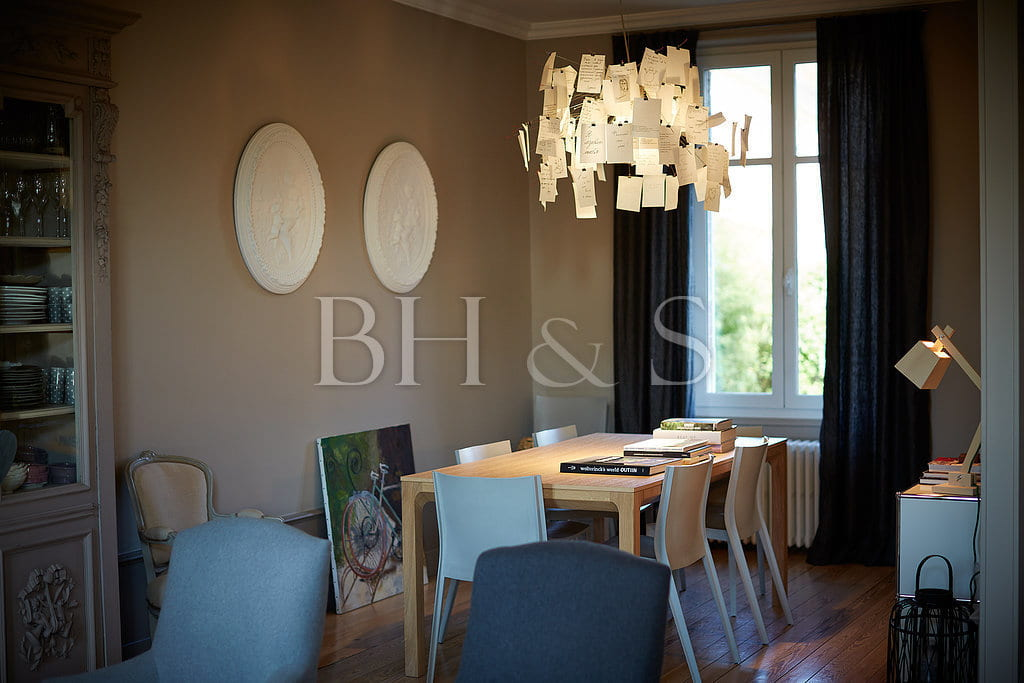 Projet global de renovation maison bourgeoise village for Interieur 1900
