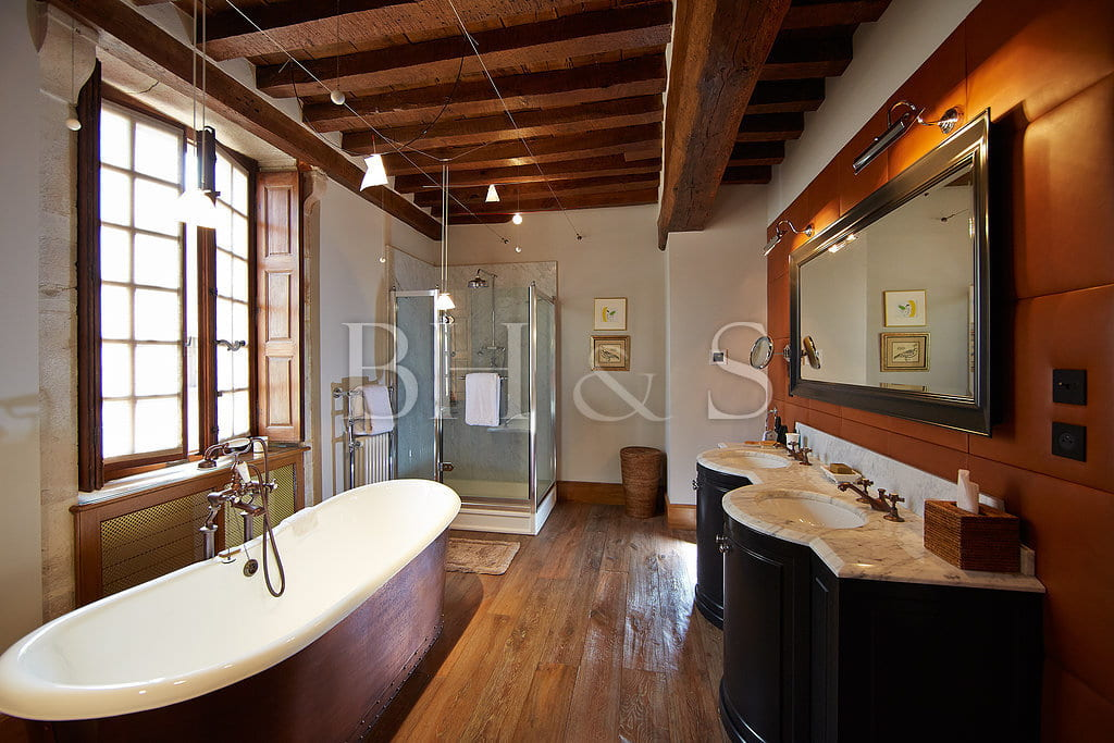Mansion in Beaune - Bathroom creation